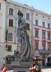 Neptun szobor - Rynok (sandorson) Tags: travel lviv ukraine galicia lvov  lww lemberg galcia leopolis ukrajna    sandorson ilyv halics