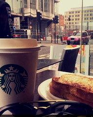 .Starbucks coffee london bridge (froo7a_k1) Tags: london starbucks