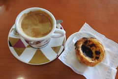 Coffee and Company (Bigbird3) Tags: coffee pasteldenata eggcustard portuguesefood portugeuseeggcustard