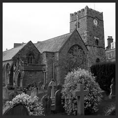 Church in Lynton (Devon) (mibric) Tags: england blackandwhite church noiretblanc graves devon angleterre église cimetery cimetière tombes lynton