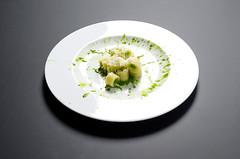 Gnocchetto di patate e olio Privilegio foglia verde con crema di lattuga e pecorino (scuolatessieri) Tags: pecorino privilegio olioextravergine fogliaverde lucalandi gnocchetto scuolatessieri cremalattuga