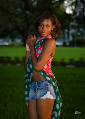Tiarra (02_204) (ronnie.savoie) Tags: africanamerican black noir negra woman mujer chica muchacha girl pretty guapa lovely hermosa browneyes ojosnegros brownskin pielcanela portrait retrato model modelo modle smile sonrisa louisianastatecapitol batonrouge louisiana diaspora africandiaspora