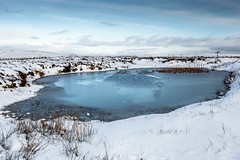 Winter on the Moors (Sandy Sharples) Tags: winter snow snowscape moors derbyshire glossop lake frost england