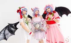 Remilias (bdrc) Tags: asdgraphy remilia scarlet touhou project cosplay portrait girls group studio cupcat natsumi mico ximilu whitedress whitespace sony a6000 tokina 1116mm f28 ultrawide vampire loli wings flash indoor