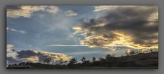 LUCES  DO  ATARDECER. (manxelalvarez) Tags: atardecer poniente ocaso puestadesol pordosol nubes cielos paisajes