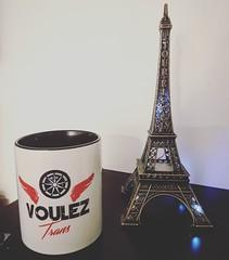 Bonsoir, nouvelle tasse Voulez Trans (voulez_trans) Tags: tasse mug caneca vouleztrans toureiffel samsung s7edge
