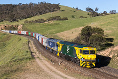 2016-11-26 SRS GL111-GL102 Sodwalls 1891 (deanoj305) Tags: rydal newsouthwales australia au srs sydney rail services fletchers international exports 1891 gl111 gl102 sodwalls main west line nsw cfcla container train