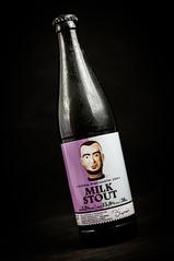 DSC05880 (Browarnicy.pl) Tags: kuniapiwowarwmilkstout stout milkstout sweetstout janolbracht bottle butelka piwo bier beer craftbeer kraftowe