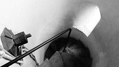Hamelner Münster (I) (pix-4-2-day) Tags: hamelnermünster stbonifatius kirche hameln church hamelin stairs treppe staircase spiral wendeltreppe turmaufstieg minster münster geländer railing blackandwhite black white monochrome schwarzweis mutter nut gewinde thread cable kabel pix42day