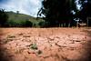 O solo agora é lama. (caastro) Tags: mariana minasgerais desastre barragemdofundão bentorodrigues paracatu gesteira samarco barralonga