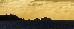 Pointe du Toulinguet (nolyaphotographies) Tags: crozon camaret mer iroise rade brest finistere bretagne france nikon sea contre jour night ciel toulinguet pointe landscape seascape nuage phare semaphore
