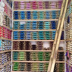 Meknes, fils (YOUGUIE) Tags: fil maroc artisans fils meknes médina broderie bobines