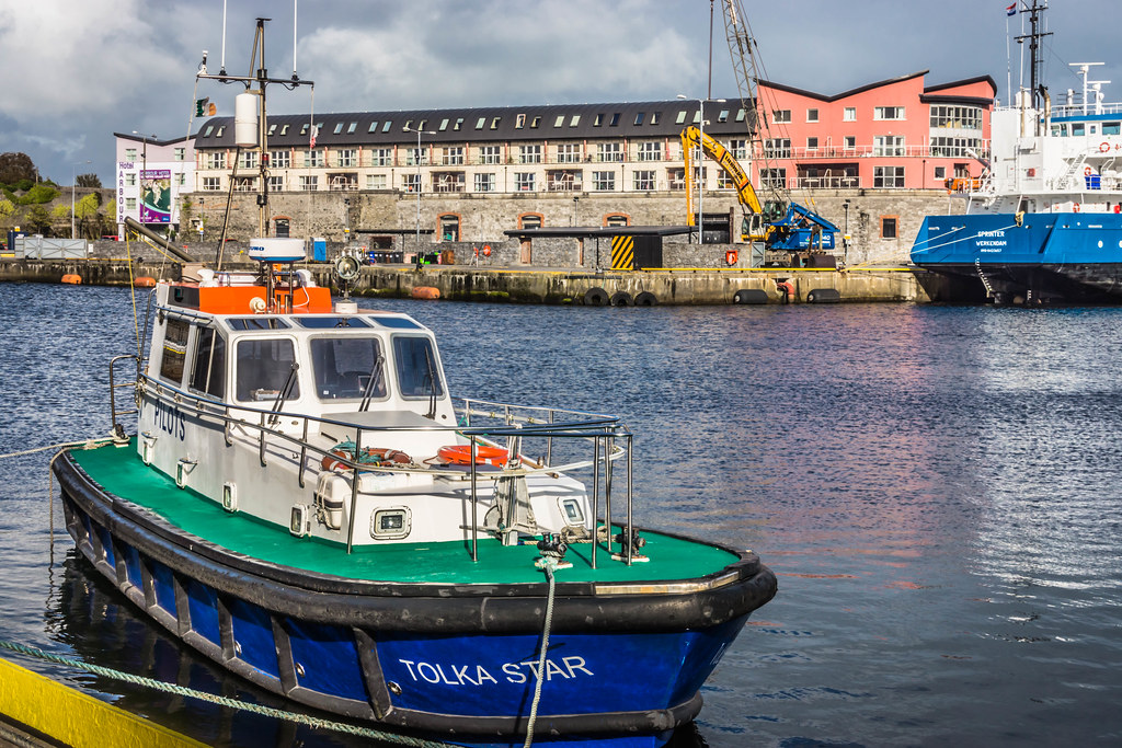 GALWAY HARBOUR AND DOCKLANDS [AUGUST 2015] REF-107522