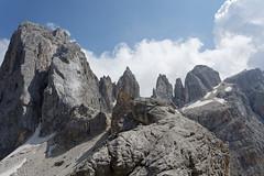 Widok z przełęczy Mulaz na Cima Focobon (z lewej), Campanile Focobon, Campanile Valgrande