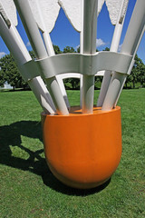 William Rockwell Nelson Gallery of Art (5 of 7) (gg1electrice60) Tags: kansascity missouri artmuseum badminton sculptures shuttlecock oversize jacksoncounty artsbuilding east45thstreet rockhillroad kansascitysculpturepark rockhillrd 4525oakstreet williamrockwellnelsongalleryofart akanelsonartgallery akamuseumoffinearts 4525oakst emanualcleaverboulevard emanualcleaverblvd efortyfifthst akanelsonatkinsmuseum claescoosjevanbruggen