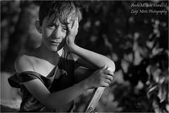 .......tristezza - .......sadness (.Luigi Mirto/ArchiMlFotoWord) Tags: bw sadness nikon fineart adobe fotografia bianconero zone anseladams grafica anastacia tristezza 64bit bambino nikond2x swm silentwavemotor postproduzione sistemazonale lucecalda lucesolare grigiomedio nikoncapturenx2 heavyonmyheart zonav lanadelrey archimlfotoword luigimirto summertimesadness esposizioneadestra temperaturacromatica gradikelvin adobephotoshopcc filtridicroici corelphotopaintx7 sekonicdualspotf778 filtronikonl37c nikon105micronikkorifafsvrf28