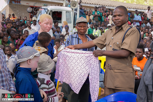 "PHALOMBE ALBINISM FESTIVAL • <a style=""font-size:0.8em;"" href=""http://www.flickr.com/photos/132148455@N06/23246613544/"" target=""_blank"">View on Flickr</a>"