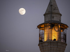 Mosque and moon (Beirut) (Ramy.) Tags: lebanon moon four lumix mosque panasonic micro beirut beyrouth liban thirds lbano gx7 dmcgx7