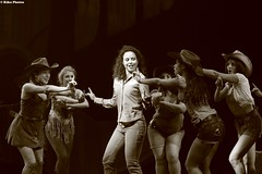 Footloose - Anteprima 17 Settembre 201 (KikoPhotos) Tags: bomont theatre blackandwhitephotograph cowgirl country musical footloose teatronazionale anteprima shooting kikophotos milano