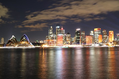 Sydney Opera House/Skyline (lukedrich_photography) Tags: australia oz commonwealth        newsouthwales nsw canon t6i canont6i history culture sydney       metro city vivid night light dark longexposure cbd central business district circularquay circular quay harbour water skyline cityscape viewpoint skyrise tower architecture centre opera house music performing arts venue famous distinctive jrnutzon building tourist site bennelong point unesco world heritage concert hall performance iconic art design wave structure engineering