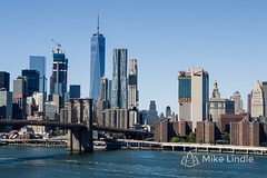 2016-Sep-25-Manhattan-19.jpg (mikelindle) Tags: city ny ny16 brooklynbridge cars concrete concretejungle density downtown manhattanbridge newyork newyorkcity nyc oneworldtradecenter pavement people population skyscrapers urban worldtradecenter