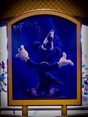 Walt Disney World - Magic Kingdom (Patrik S.) Tags: wolken clouds florida sonnig sunny usa park walt unterhaltung world disney magic kingdom amusment mickeymouse