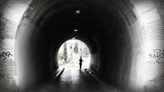 (Sa Shula de Tarifa) Tags: mlaga andaluca andalusia espaa spain tnel tunnel correr running atleta athlete blanco negro black white luz light