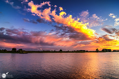 Riverside sunset (Robert Stienstra Photography) Tags: wageningen rijn rhine landscape landscapes landscapephotography landschappen skyscapes skyporn skyscape cloud clouds cloudscapes waterscape waterscapes riverscape sunset sunsetphotography sunsets nikond7100 tokina1224mm tokina outdoor nature colorsofnature colourfull colors