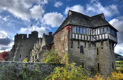 Stokesay Castle, Shropshire (Baz Richardson (now away until 31 March)) Tags: shropshire stokesaycastle castles fortifiedmanorhouses stokesay