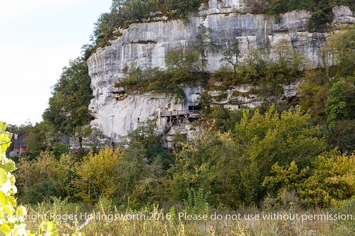 Walk from Le Paradis to Peyzac - le - Moustier