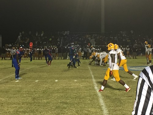 """Pahokee v Glades Central • <a style=""""font-size:0.8em;"""" href=""""http://www.flickr.com/photos/134567481@N04/30802719736/"""" target=""""_blank"""">View on Flickr</a>"""