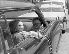 Chucky & Company (FilmAmmo) Tags: paulhargett filmammo salinaks pentax6x7 mediumformat 120 film ilfordhp5 kustomkempskarshow