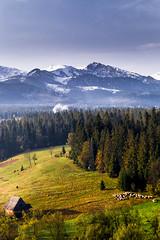 Podhale (kubaszymik) Tags: murarzasichle poland hdr valle valley peaks rocks snow autumn fall canon november polska tatry