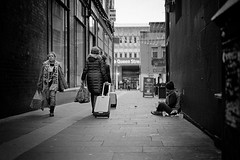 Fast. Following. Frozen. (stephen cosh) Tags: aposummicronm50mm analogue blackwhitephotos blackandwhite candid film ilfordhp5 leicam7 mono rodinal stephencosh street streetphotography