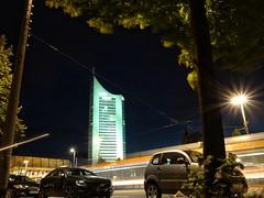 Augustusplatz am Abend (Tino S) Tags: augustusplatz uniriese abend nacht nachtaufnahme nachtfotografie night nightphotography urban urbanlights urbanexplorer lichter strasenbahn tram auto car sommerabend