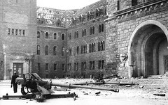 #8.8 cm Pak 43 (Panzerabwehrkanone 43) on its cruciform mount abandoned in the ruins of Pozna - 1945 [2500x1575][x-post from /r/88mm] #history #retro #vintage #dh #HistoryPorn http://ift.tt/2gYOsdc (Histolines) Tags: histolines history timeline retro vinatage 88 cm pak 43 panzerabwehrkanone its cruciform mount abandoned ruins pozna 1945 2500x1575xpost from r88mm vintage dh historyporn httpifttt2gyosdc