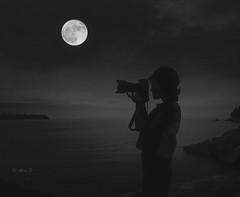 Big Moon (Photo Alan) Tags: moonnight doubleexposure sea water blackwhite blackandwhite people candid backlightingphotography backlighting photogram silhouette monochrome