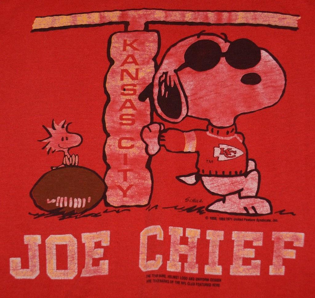 73b8d3151 Peanuts Kansas City Chiefs Graphic Tee Shirt (itstayedinvegas-4) Tags   graphicteeshirt peanuts