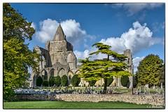 Crowland-004 (John@photosuite) Tags: crowland croyland lincolnshire cambridgeshire border monasticchurch church ruins abbey medieval threesidedbridge uk nikon trinitybridge