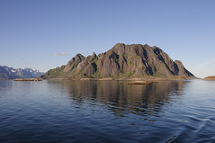 Mountain in the water (bernd_behr) Tags: norway lofoten