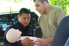 150903-Z-LF132-037 (nmngpao) Tags: newmexico earthquake costarica medical nationalguard emergency medic response firstaid policeofficer armynationalguard borderpolice fuerzapublica fronteras firstresponders guardacostas statepartnershipprogram exchangeofinformation