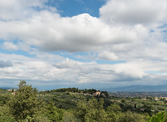 _JEM3331 (SuperQuique) Tags: sky cloud plant green colors beautiful scenery view cloudy hills agriturismo udine buttrio