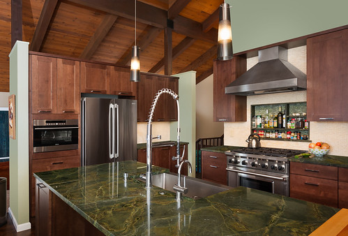 46th Avenue Kitchen and Bath 002