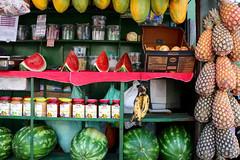 Barraca de Frutas (Misturadeiras) Tags: brazil laura frutas brasil banana melancia bahia salvador luisa alonso barraca abacaxi mamo purchio misturadeiras