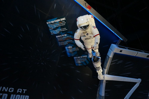"Shuttle Astronaut Space Suit • <a style=""font-size:0.8em;"" href=""http://www.flickr.com/photos/28558260@N04/22786256512/"" target=""_blank"">View on Flickr</a>"