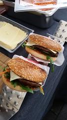 "#hummercatering #tag 2 = noch einmal 1000 #Burger.  #Garant #rheda-wiedenbrück #A2Forum #mobile #bbq #grill #Burger #Event #Kongress #Messe #Business #Catering #service  http://goo.gl/lM2PHl • <a style=""font-size:0.8em;"" href=""http://www.flickr.com/photos/69233503@N08/22858557322/"" target=""_blank"">View on Flickr</a>"