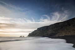 I cant get my head around it (Andri Elfarsson) Tags: wallpaper landscape iceland vik full resolution thenational reynisfjara reynisdrangar vikimyrdal reynisfjall