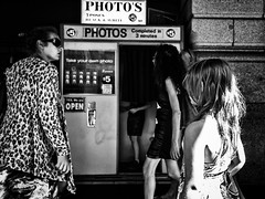 $ 5 photo (Yiannis Yiasaris) Tags: city people blackandwhite monochrome streetphotography australia melbourne pancake 16mm ultrawideangle sonya6000
