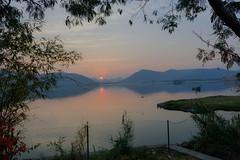 Good Morning Jaipur (Tarun Chopra) Tags: lake sunrise landscape jaipur rajasthan jalmahal photogrpahy 2015 canon5dsr 5dsr