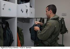 Aviador (Força Aérea Brasileira - Página Oficial) Tags: agata7 baco canoas fotoviniciussantos missao operacaoagata rs esquadraodecaca brasãlia df brazil bra aviador piloto forcaaereabrasileira brazilianairforce fab